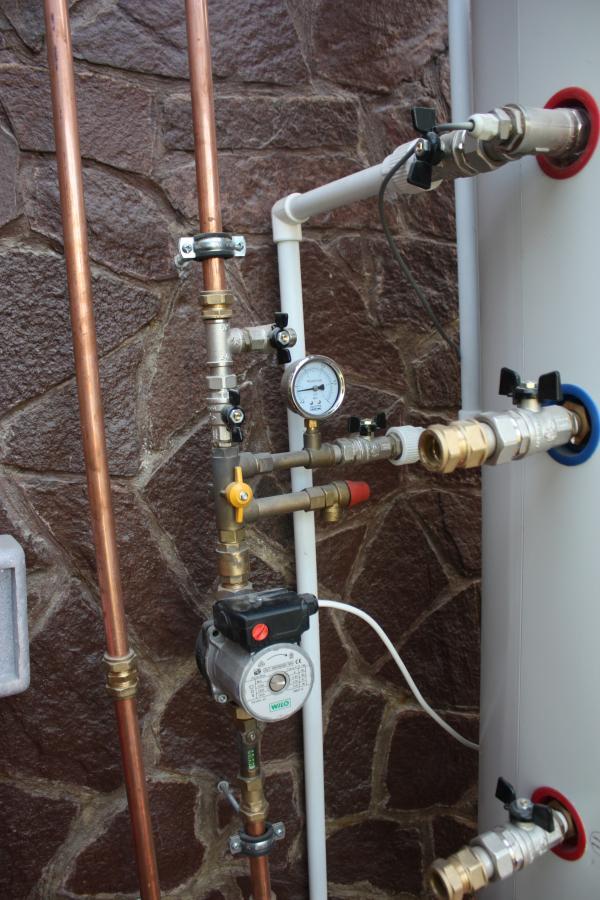Солнечная система горячего водоснабжения