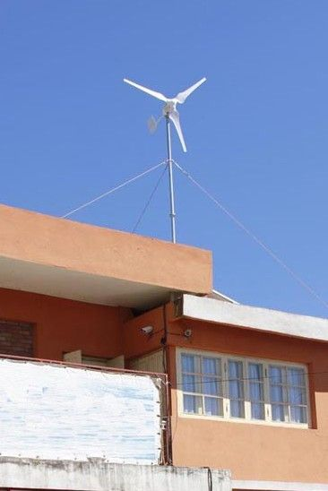 ветряк SWG EW-1000 на крыше